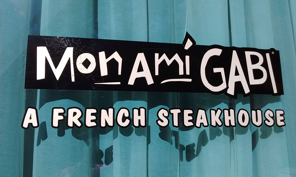 Vacation fonts: a French steakhouse