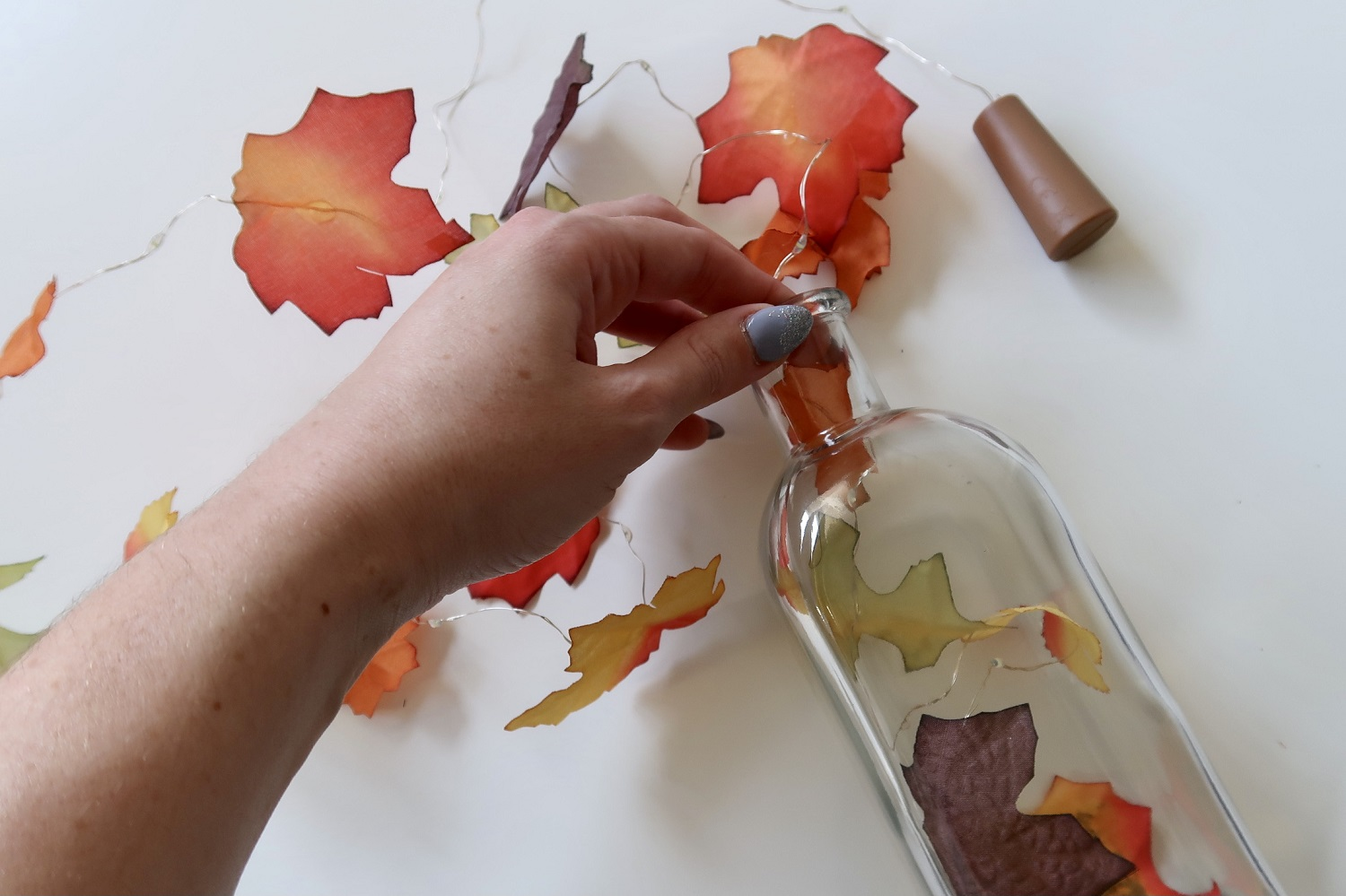3 Eye-Catching Fall Decor DIY Tutorials for Your Home 19